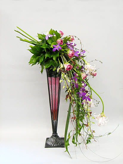 Flower Arranging By Chrissie Harten Design 302