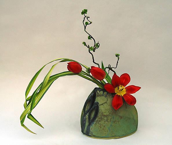 sogetsu ikebana flower arranging by chrissie harten design 19. Black Bedroom Furniture Sets. Home Design Ideas