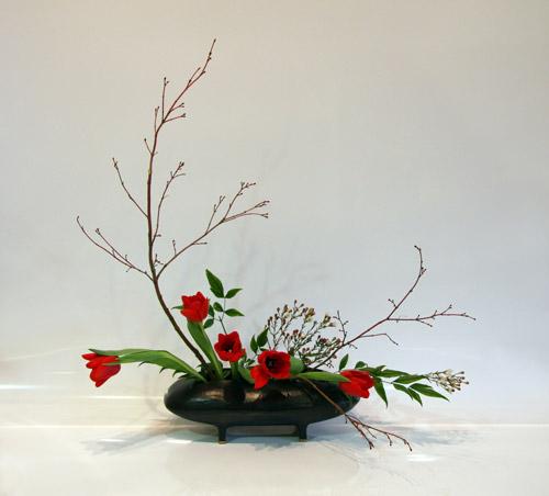 sogetsu ikebana flower arranging by chrissie harten. Black Bedroom Furniture Sets. Home Design Ideas
